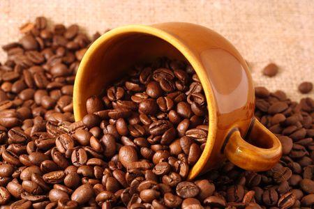 カップとコーヒー豆 写真素材 - 3206223