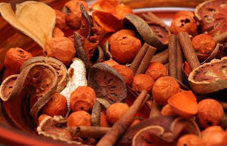 frutas secas: Decoraci�n de Navidad con frutos secos