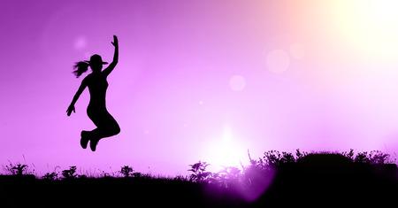 ピンクの幸せな女性のシルエットのウェブサイト バナー 写真素材 - 63784864