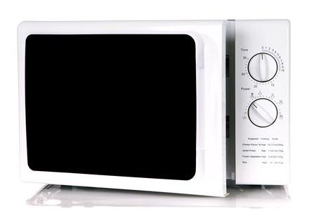 microwave oven: horno de microondas, aislado en un fondo blanco