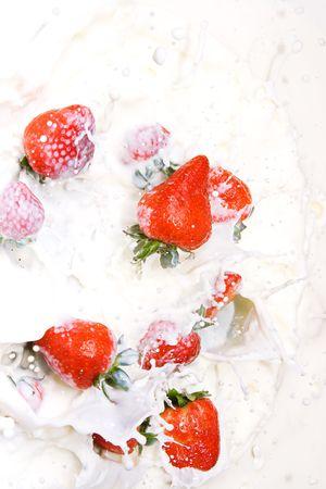 Strawberries and Cream Stock Photo - 6034093