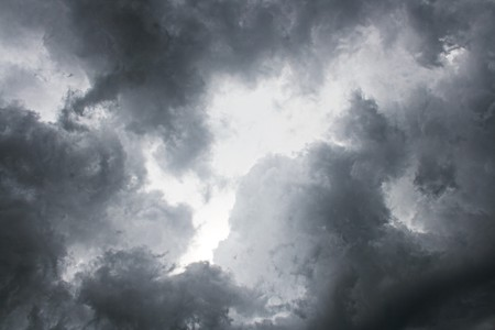 cielo tormenta: Fondo de cielo de tormenta de noche oscura