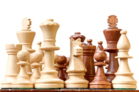 tablero de ajedrez: Ajedrez aislados sobre fondo blanco.