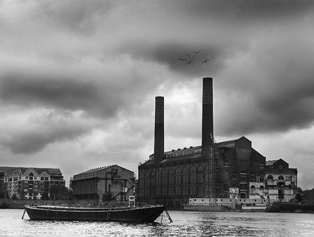bout: River pelea con casa y edificios Foto de archivo