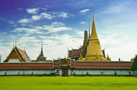 Wat Phra Kaew, Temple of the Emerald Buddha, Bangkok, Thailand  Stock Photo - 13029358