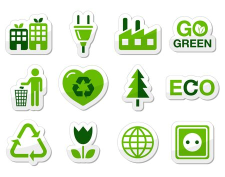 Green eco icons set Stock Vector - 13593158