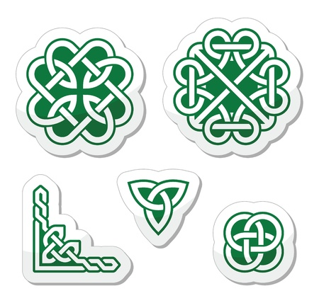 Celtic green knots patterns Stock Vector - 18124986