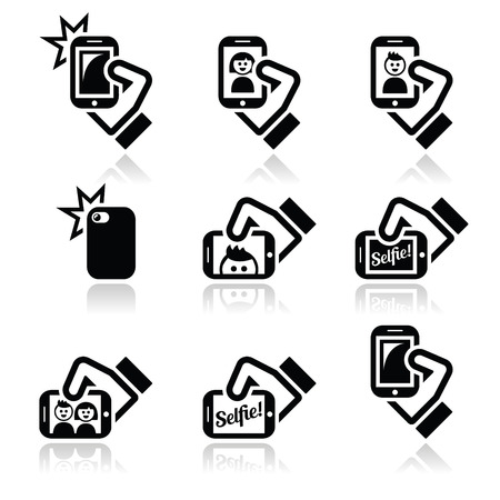 Macchina fotografica: Selfie, scattare foto con gli smartphone per le icone social media impostato Vettoriali