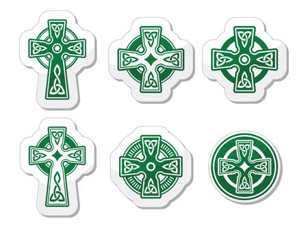 keltische muster: Irischen, schottischen keltische Kreuz auf weißem Vektor-Zeichen