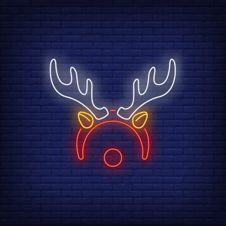 Reindeer antlers and nose neon sign. Christmas and New Year Day design. Night bright neon sign, colorful billboard, light banner. Vector illustration in neon style. Stock Illustratie