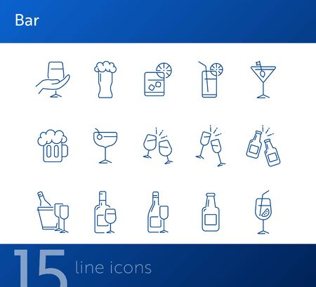 Bar line icons. Set of line icons. Beer mug, bottle with glass. Beverage concept. Vector illustration can be used for topics like advertising, business Foto de archivo - 134739624