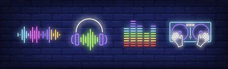 Sound-Technologie-Leuchtreklame-Set. DJ-Mixer, Soundtrack, Kopfhörer. Vektorillustration im Neonstil, helles Banner für Themen wie Musik, Disco, Nachtleben Vektorgrafik