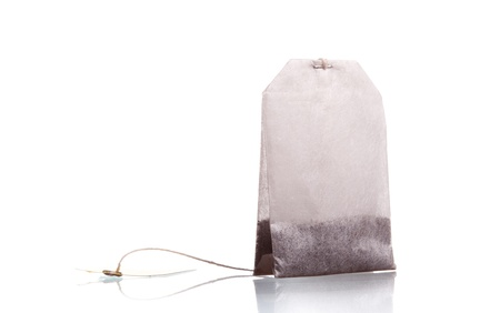 Teebeutel auf einem weißen Hintergrund Standard-Bild