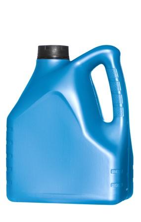 blaue Kanister mit Maschinenöl auf weißem Hintergrund Standard-Bild