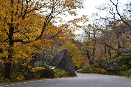 notch: Winding road up the mountain to Smugglers Notch in Vermont