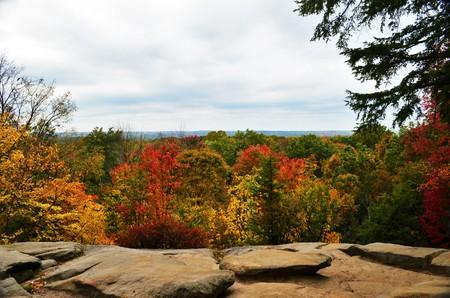 overlook: Ledges Overlook view in Autumn