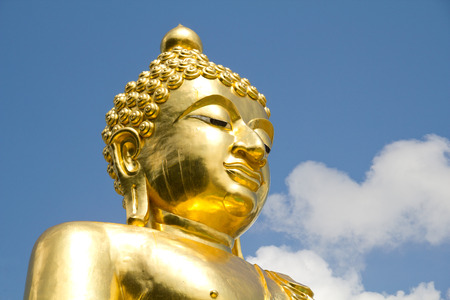 attraktion: Golden Buddha at Golden Triangle, Thailand Stock Photo