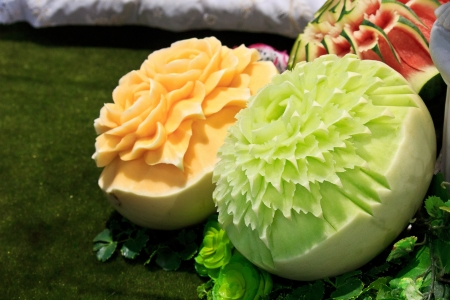 cantaloup carving in the Thailand ultimate chef challenge 2013 photo