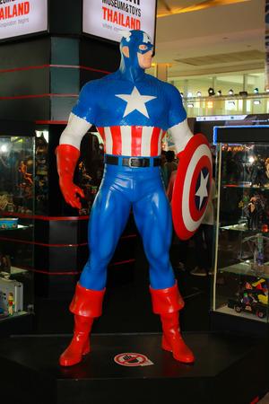 vendicatore: BANGKOK - 11 maggio modello A Capitan America in Thailandia Comic Con 2014 11 maggio 2014 a Siam Paragon, Bangkok, Thailandia