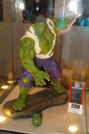 vendicatore: BANGKOK - 11 maggio modello A Hulk in Thailandia Comic Con 2014 11 maggio 2014 a Siam Paragon, Bangkok, Thailandia