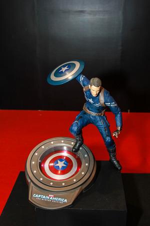 vendicatore: Bangkok 2 maggio: Un modello di Capitan America in Thailandia Comic Con 2015 2 maggio 2015 presso il Siam Paragon Bangkok in Thailandia.