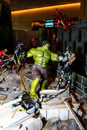 vengador: Bangkok - 02 de mayo: Un modelo de Hulk en Tailandia Comic Con 2015 el 2 de mayo de 2015 a Siam Paragon, Bangkok, Tailandia.
