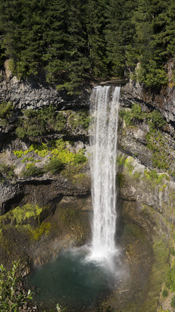 ウィスラー BC カナダの近くのブランディ ワイン滝 写真素材