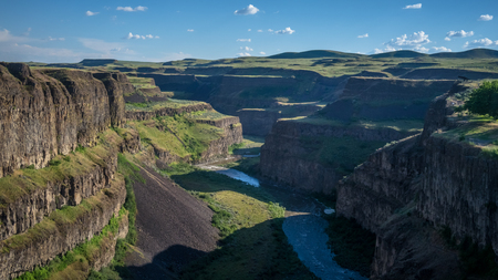 The Palouse River, snaking through canyons downstream from the Palouse Falls in mid afternoon 写真素材 - 103046106