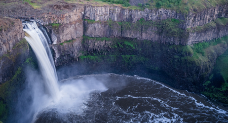 The Palouse Falls at slow shutter speed, evening 写真素材