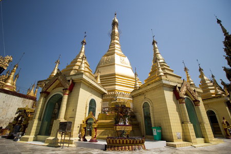Golden pagonda in Myanmar temple Yangon 免版税图像