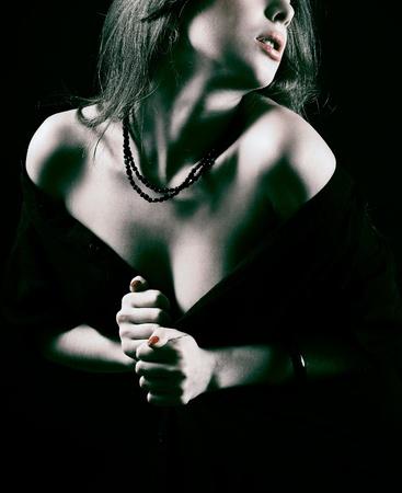 labios sensuales: Hermosa mujer.