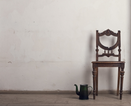 Retro chair and tea in the interior. Banque d'images