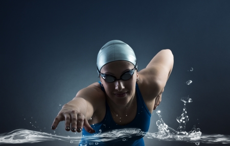Swimmer swims Banco de Imagens - 20411710