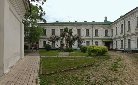Kiev. Ukraine. may 11, 2019 Old courtyard in Kiev-Pechersk Lavra. monument to Konstantin Ypsilanti Редакционное