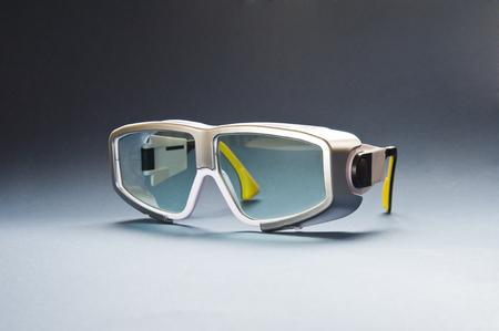 Lunettes de sécurité de protection pour traitement médical laser Banque d'images