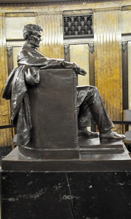 abraham: Abraham Lincoln - Side View