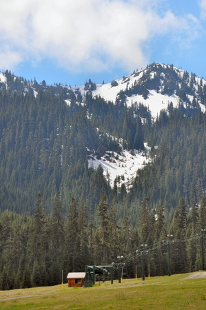 Mount Rainier with snowcaps Stock Photo - 15164359