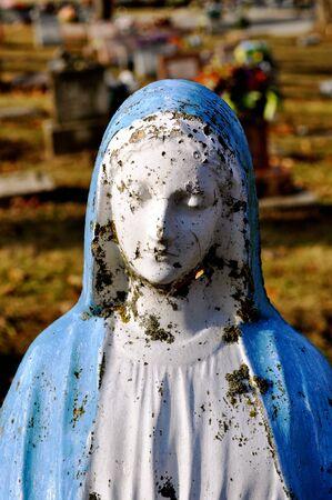 gravesite: Gravesite - Mary statue - close-up