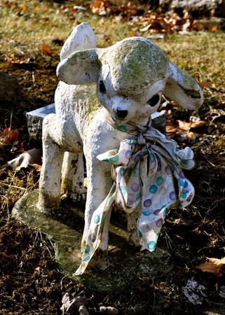 grave site: Gravesite - Lamb Statue
