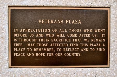 Sign Veterans Plaza Waco