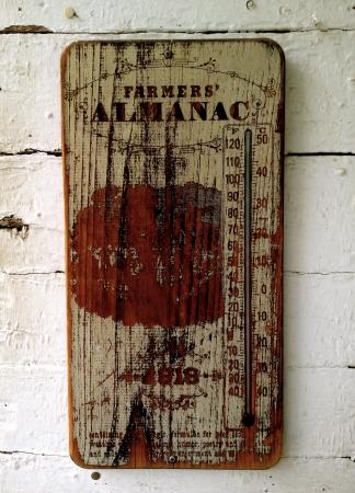 almanac: Farmers Almanac Sign - Rabbit Hash Editorial
