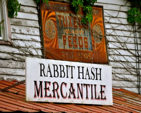 hash: Rabbit Hash Mercantile