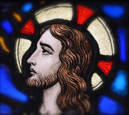 Jesus Christ in Stained Glass Editöryel