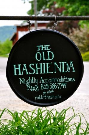 hash: Rabbit Hash Kentucky - Old Hashienda