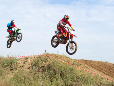 handcarves: Motorcycling competitions, cross championship of Ukraine