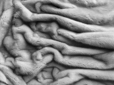 nerts: Close-up van de luxe zilveren nertsen pels textuur.