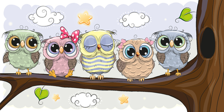 Five Cute Owls is sitting on a branch Zdjęcie Seryjne - 96969437