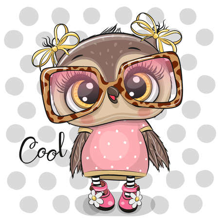Cute Cartoon Owl in pink glasses on a dots background Foto de archivo - 129328504