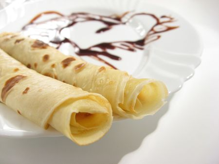 pancakes with chocolate glaze