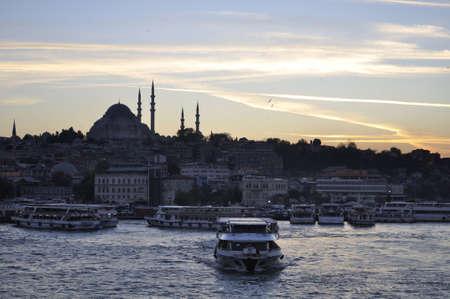 suleymaniye: Suleymaniye mosque at Golden Horn in Istanbul